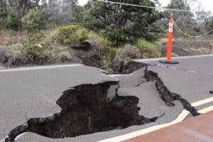 How to protect a home against earthquake and volcanic eruption